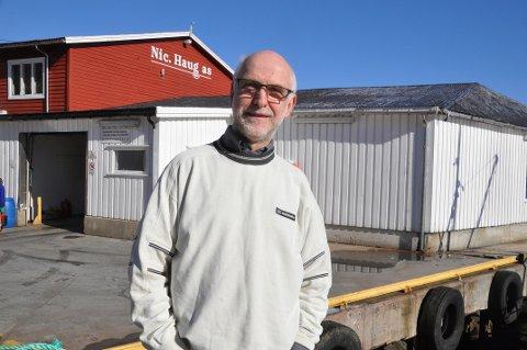 FEIL: Fiskekjøper Helge Haug på Ballstad reagerer på påstandene fra Lofoten Fritidsfiskarlag om flyndrefisket i Nappstraumen.