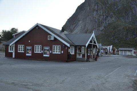 LEDIGHETEN ØKER: Blir det slik i Reine sentrum til sommeren? Krakket i turistnæringen har plassert Moskenes på ledighetstoppen i Nordland.