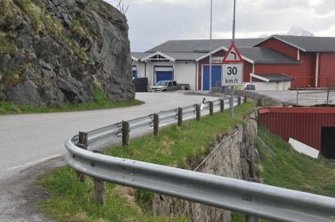 FORTAU: Vestvågøy kommune vil ha fortau langs fylkesveien i ytre Stamsund, som her i Vaglesvingen.