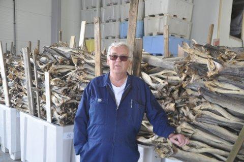 GODT FJORÅR: Hartvig Arve Sverdrup er fornøyd med fjorårets inntekter fra tørrfisken.
