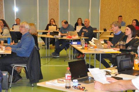 BARNEHAGE: Skal barnehagen på Reine rives eller tas i bruk igjen? Det blir tema i kommunestyret mandag. Foto: Magnar Johansen