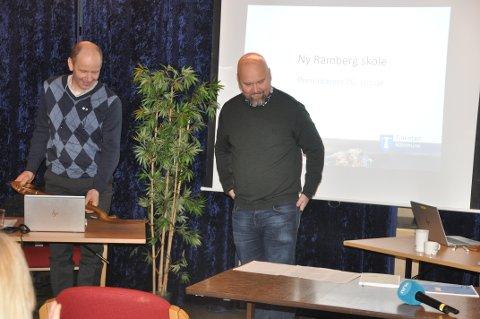 MOBBING: Ordfører Trond Kroken møter rektor Patrick Galvin (t.h.), skoletillitsvalgt og kommuneledelsen til møte om mobbing onsdag.
