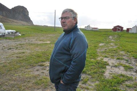 PLASS TIL FLERE: Harry Martinsen ser gjerne at barnefamilier finner veien til Unstad. Utfordringen er blant annet viljen til å selge tomter. Arkivfoto: Magnar Johansen