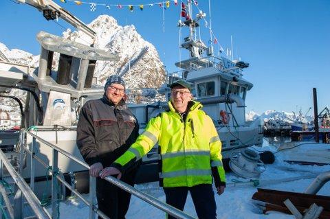 """SELGER: Svein Håkon og Signar Fjordbakk  kom hjem til Svolvær med  """"Seingen"""" i februar i fjor."""