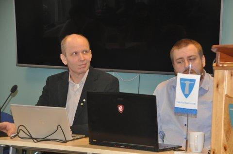 PENGEKRAV: Ordfører Trond Kroken og varaordfører Niilo Nissinen i styringsgruppa for ny skole skal ta stilling til pengekravet fra WSP.