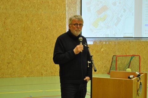 VENTER PÅ SVAR: Ole Tørklep har vært på flere møter i Moskenes for å fortelle politikerne om butikkplanene. Nå forventer han en avgjørelse. Foto. Magnar Johansen