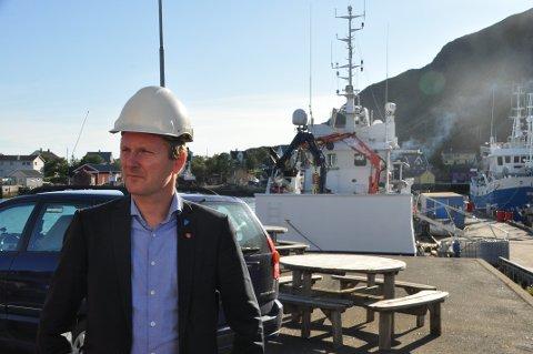TRÅLFISK: Vestvågøy-ordfører Remi Solberg (Ap) og syv ordførerkolleger i Nord-Norge kommer med anbefalinger om krav til trålerrederier som har leveringsplikt til landanlegg. Arkivfoto: Magnar Johansen