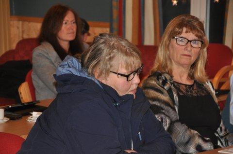 NAVNESKIFTE: Nina Seljeseth (t.v.) og Wenche Arntzen i Flakstad Ap vil skifte navn på ny skole på Ramberg.