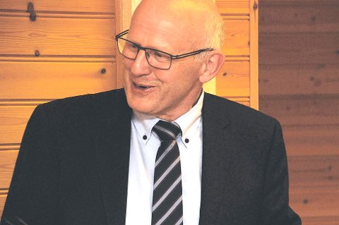 LoVe Petros direktør Ørjan Robertsen. Her fra møte med Lofotrådet april 2013. (Foto: Arkivfoto)