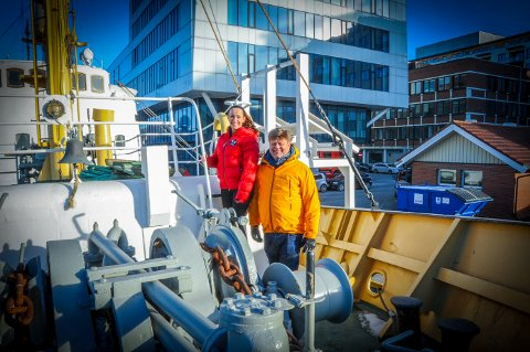 Daglig leder Nina Kristine Madsen-Geelmuyden i Norwegian Adventure Company AS og Administrerende direktør Morten Chr. Jakhelln i Hundholmen Byutvikling ser fram til å ta Gamle Salten i bruk.