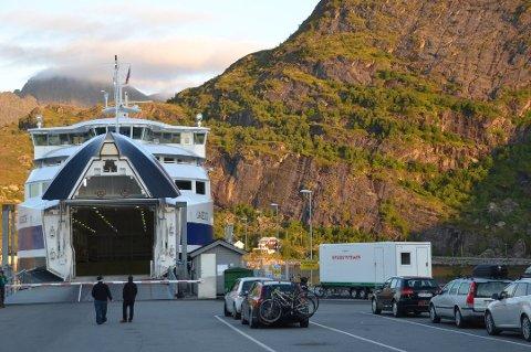 Fra mandag kan du kjøre ombord uten å være i kontakt med en billettør først.