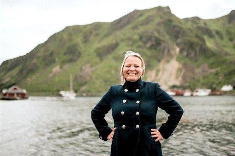 Stortingsrepresentant Mona Fagerås (SV) i sine hjemtrakter.