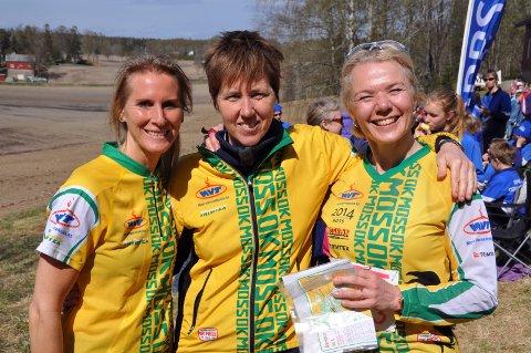 LEVERTE BRA: Ellen Ladim, Astrid Bjørnerød og Kristin Gjølsjø i D120-klassen.