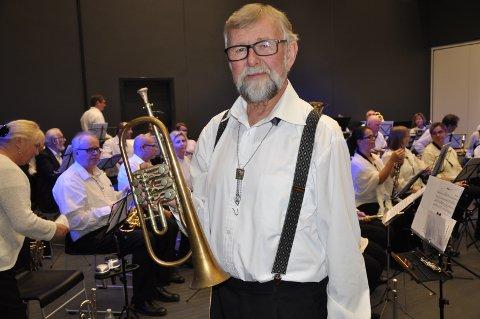 HISTORISK: Per Ivar Lyby med sin fars trompet