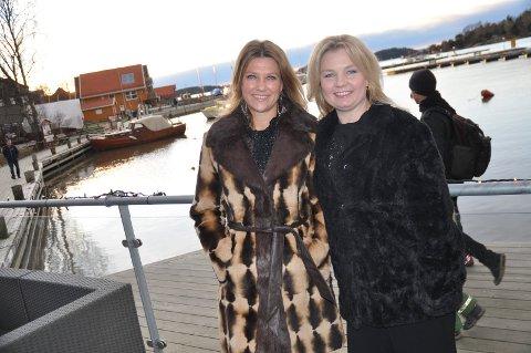 i SON: Prinsesse Märtha Louise og Elisabeth Nordeng besøkte Son i regi av Galleri Soon.