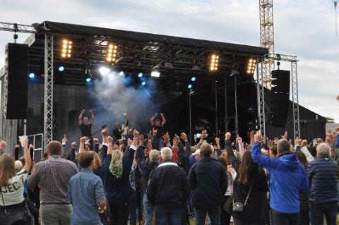 GOD SAK: Våler-firmaet Asfalt Remix inviterer til DDE-konsert for en god sak i desember.