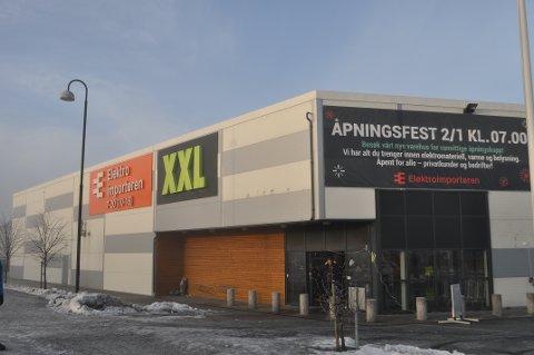 ÅPNER: Elektroimportøren åpner butikk i Moss i Varnaveien.