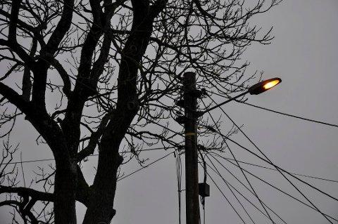 KAN GÅ I SVART: En oppgradering av gatelysene i Rygge kommune kan føre til at noen lys går i svart.