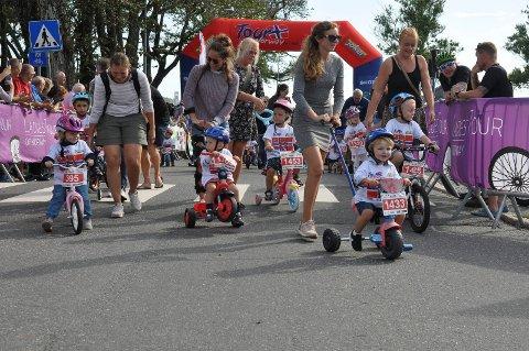 FOLKEFEST: Da én av etappene i  Ladies Tour of Norway Tour startet fra Kanalparken i fjor, strømmet folk til. Både for å se på starten, men også for å delta i Tour of Norway Kids.