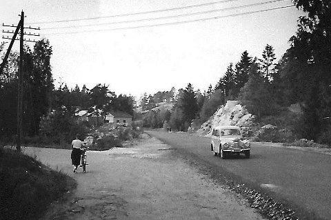 Osloveien 1955: Dette var en del av operasjonsområdet til gutta som fant dynamittkassa ikke langt fra Slalombakken. Her tilegna de seg en spisskompetanse på sprengning som fikk en brå slutt. Alle foto: Johan Rynnås