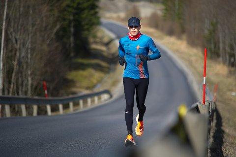 Knuste løyperekorden: Jo Inge Norum knuste løyperekorden i Namsen Ultra Run 51,5k da han løp alle i senk lørdag.