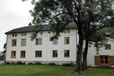 ABILDSØ GÅRD: Christian Ingebrigtsen har i flere år vært tilknyttet Abildsø gård, der han også har sitt studio.