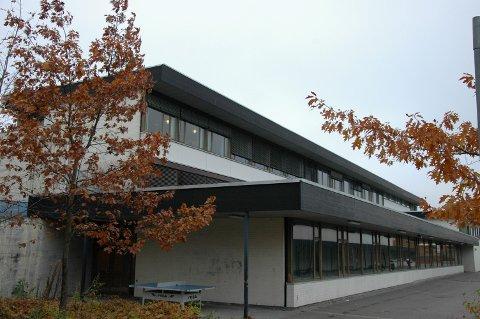 DRATT FOR RETTEN: Høyenhall skole på Manglerud i Bydel Østensjø er saksøkt av en tidligere elev som ble skadet på skolen.