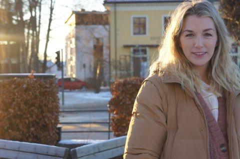 TUNGT FOR MANGE: Monica Von Der Fehr er helsesykepleier i bydel Nordstrand. Hun forteller at pandemien er tung for mange ungdommer og at det er en god del som strever. Men også at de er veldig flinke.