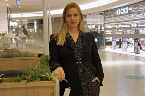 Silje Nordgård Aspen er trist og lei seg over at tiltakene i Oslo fortsetter. Samtidig har hun forståelse for tiltakene. –Det er på tide å være litt medmenneske og bry seg om hverandre.