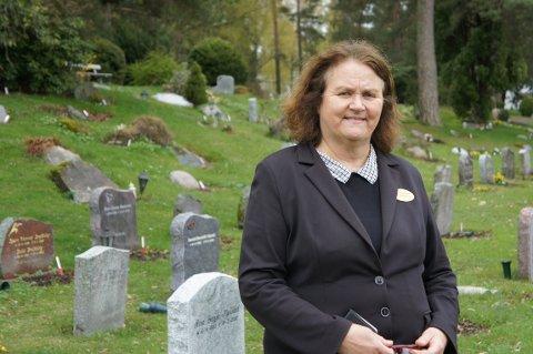 Sonja Haug er anleggsgartner på Nordstrand kirkegård. – Jeg håper de slipper å oppleve det igjen, sier hun.