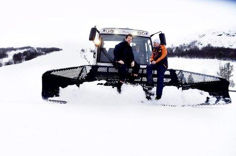 KLargjøring: Arne Sæther og Kjetil Villa er klare for å ta imot deltakere fra ulike brannvesen rundt om i Norge.