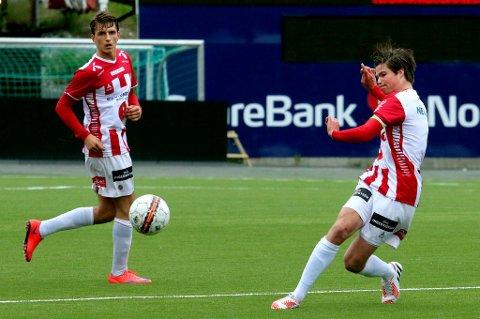 Fredrik Michalsen (t.h.), Håvard Espejord og TILs G19-gutter tar søndag turen til Danmark for å møte FC København. Dette gjøres for å være kampklar til cupsemifinalen mot Rosenborg neste helg.