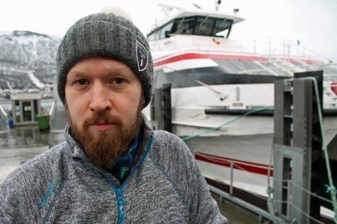 Ønsker strakstiltak: Fylkessekretær for Norsk Revmatikerforbund Troms Fylkeslag Peter Andrè Jensen, forteller at de ønsker strakstiltake for å gjøre reisen lettere for revmatikere.