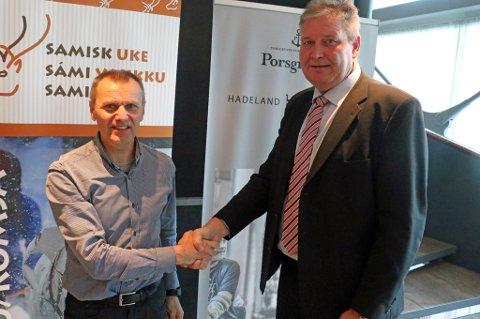 HÆTTA OG HAY: Nils I. Hætta og Geir Hay gleder seg over treåriog samarbeidsavtale mellom MSM og Hadeland Glassverk og Porsgrund Porselen.