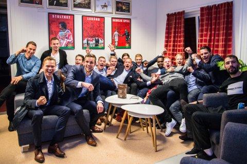 En helt greit fornøyd TIL-gjeng på brakka etter 3-1 over Bodø/Glimt og med ny kontrakt i eliteserien sikret.
