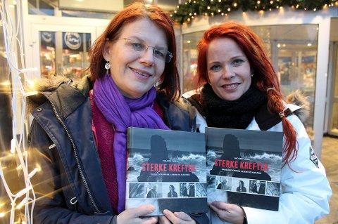 En hjelp som ikke kan forklares: Journalist og forfatter Ingjerd Tjelle er nå aktuell med boken «Sterke krefter». En bok som handler om blodstoppere, lesere og hjelpere. På bildet står hun sammen med Anneli Guttorm, som jobber som healer i Tromsø og er omtalt i boka.