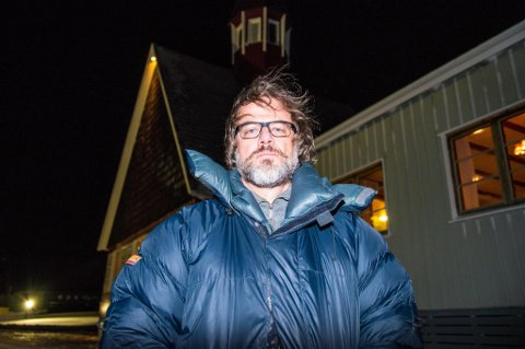VENN: Sogneprest Leif Magne Helgesen var venn av avdøde Atle Husby. - Han var en svært engasjert person gjennom mange år her på Svalbard, forteller Helgesen.