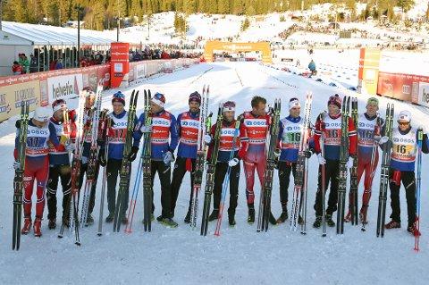 Norge tok de tre første plassene under søndagens verdenscupstafett på Lillehammer. Verdensmester Finn Hågen Krogh (t.v) gikk ankeretappen for Norges tredjelag! Foto: Terje Pedersen / NTB scanpix