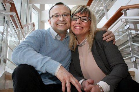 FAMILIE: Ordfører Jan-Eirik Nordahl i Sørreisa ønsker ikke at det skal bli rykter i bygda. Hans kone, Irene Lange Nordahl, er i isolasjon.