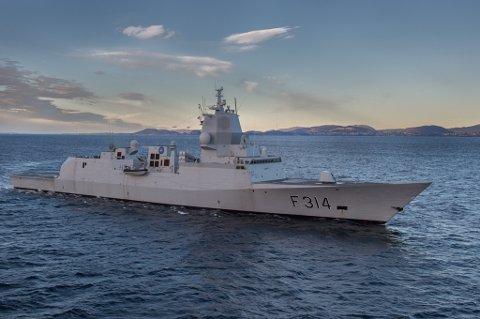 I FINNMARK: KNM Thor Heyerdahl er den største av sitt slag i Norge og er flaggskipet i sjøstyrken. Foto: Forsvaret