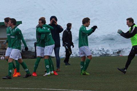 Fløya kan juble etter de gikk videre i cupen.