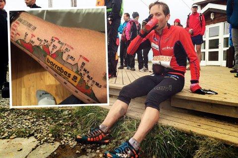 Eirik D. Haugsnes, her fotografert tidligere på Tromsø Skyrace, gikk på en skikkelig smell under EM i skyrunning-maraton i Spania 17. mai. Underveis løp han med løypeprofilen tatovert på armen (innfelt).