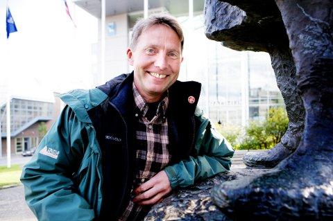 KAN BLI ORDFØRER: Jens Ingvald Olsen (Rødt) har sittet i opposisjon i Tromsø kommune i en årrekke. Etter valget kan han bekle ordførerkjedet. Foto: Yngve Olsen Sæbbe