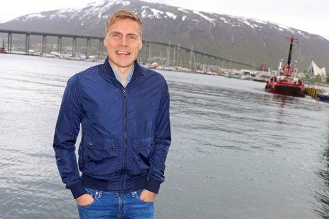 Ruben Yttergård Jenssen på visitt hjemme i Tromsø. Tyskland-proffen har en tanke om å komme hjem og spille for TIL igjen, men det blir en stund til det skjer.