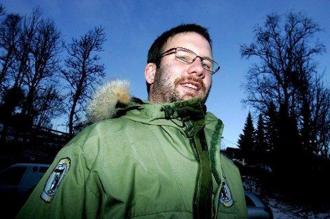 IKKE GREIT: Ørjan  Holm, politisk nestleder i Miljøvernforbundet, vil anmelde mannen som dreper måsunger. Foto: