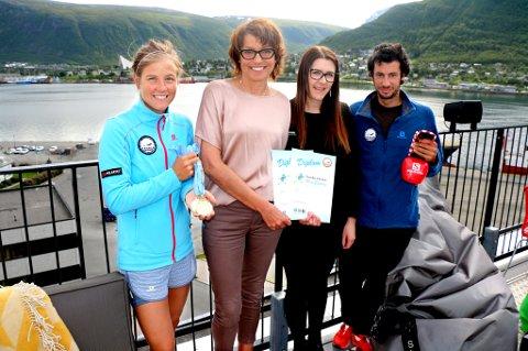 BARNEVENNLIG: Tromsø Skyrace har i år ikke bare fått verdenscup, men også et eget barneløp. F.v. Emelie Forsberg, Inger Helen Hjemvoll (Choice), Veronica Mathiesen (The Edge) og Kilian Jornet.