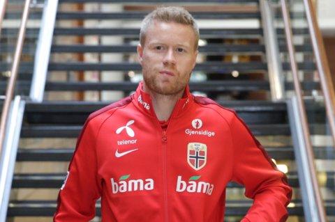Tom Høgli er sterkt ønsket av TIL, og klubben bekrefter at de ikke helt har gitt opp muligheten til at det kan skje allerede før det inneværende overgangsvinduet stenger 18. august.