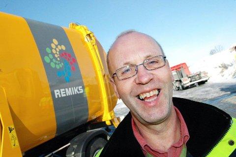 HENTER MER: Remiks-direktør Bård Jørgensen kan snart tilby henting av enda flere typer avfall hjemme hos folk.