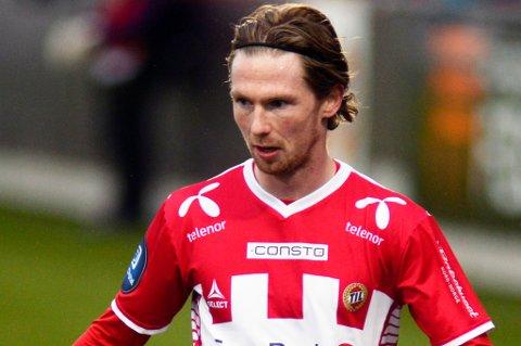 Thomas Drage stoppet på 136 seriekamper for TIL i løpet av fem og et halvt år i klubben. Nå skal han spille for Sogndal ut 2015-sesongen, og står etter det fritt til å signere for den klubben han måtte ønske.