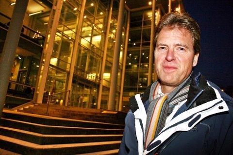 TENKETID: Jens Johan Hjort har søkt om tre måneders etterlønn for å kunne vurdere hva han skal gjøre når han fratrer som ordfører.